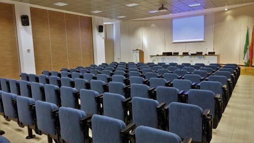 room conferences seminar