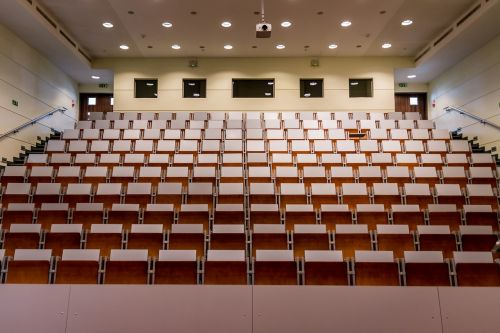 room lecture hall assembly hall