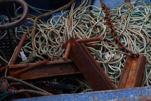 rope stainless rusted