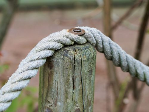 rope demarcation pile