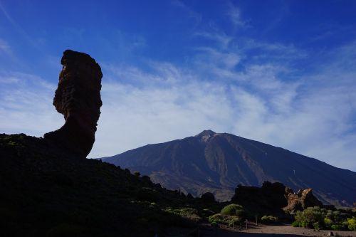 roque cinchado,akmens medis,dievo pirštas,uolos bokštas,orientyras,Tenerifė,Rokas,uolos,roque de garcia,ucanca lygis,bazaltas,lava,ucanca,kaldera,skaityti cañadas,Teide nacionalinis parkas,Kanarų salos,teide,kalnas,vulkanas,aukščiausiojo lygio susitikimas,pico del teide,teyde,3718 m,3718 metrai,3718