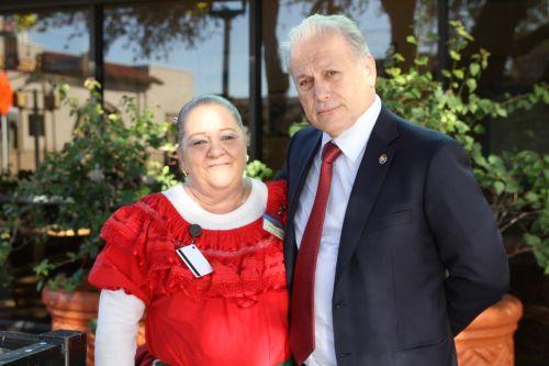 Roque De La Fuente And Linda