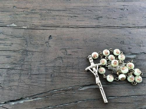 rosary catholicism wood