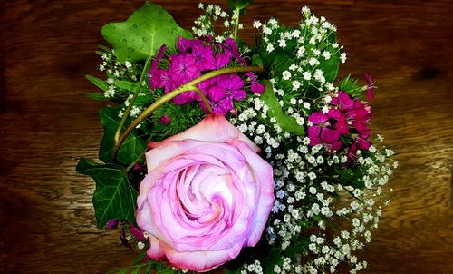 rose  bouquet  greeting