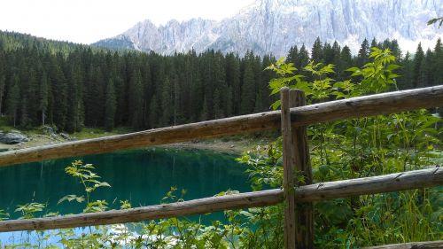 rose garden alpine lake