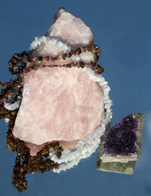 rose quartz gems jewellery
