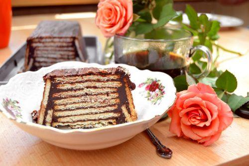 roses cake dessert