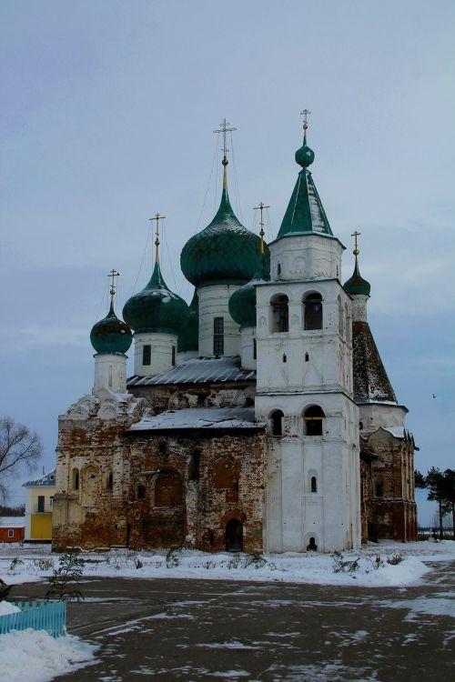 rostov churches architecture