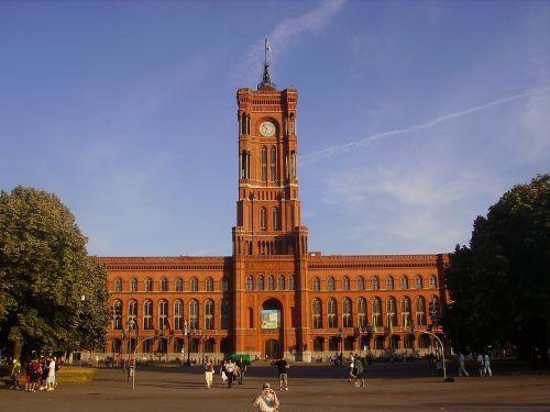 rotes rathaus berlin city hall
