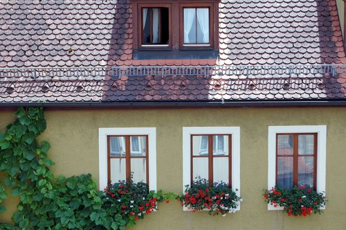 rothenburg  facade  window