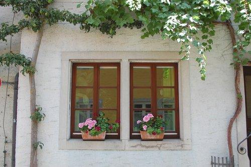 rothenburg  window  facade