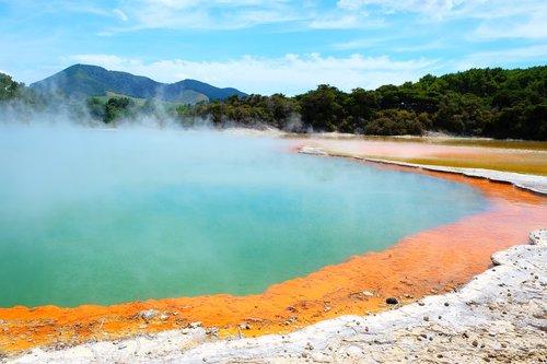 rotorua  volcano  sulphur