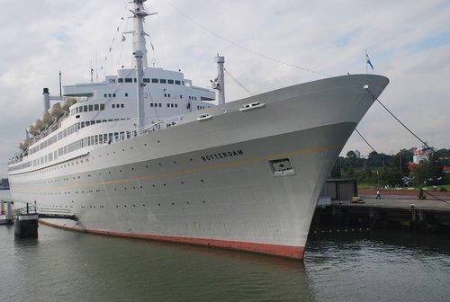 rotterdam  port  ships