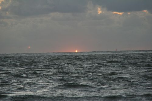 rough seas north sea borkum