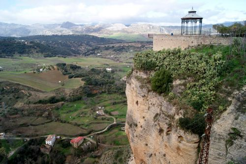 round malaga viewpoint