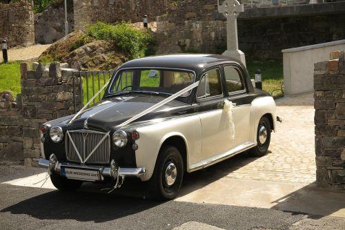 rover wedding car