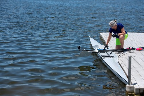 row  sculling  shell