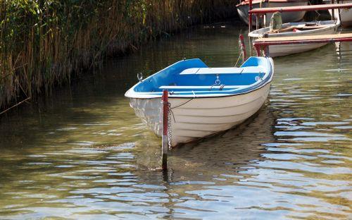 rowboat boat punts