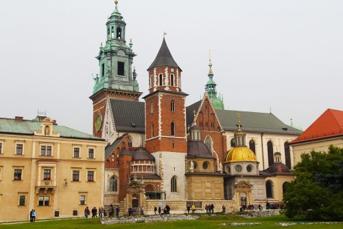 royal cathedral wawel royal castle