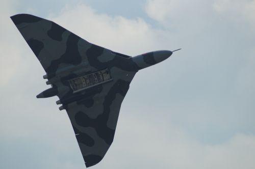 royal air force raf waddington avrovulcan