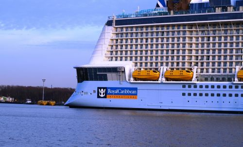 royal caribbean ship ozeanriese