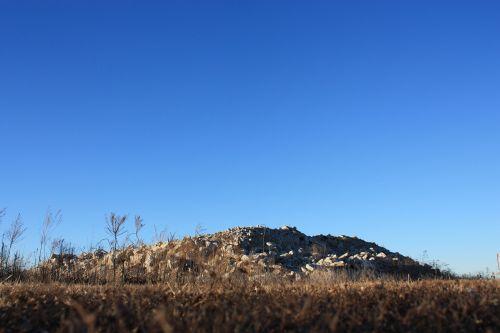 rubble mound gravel