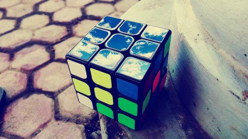 rubik cube puzzle