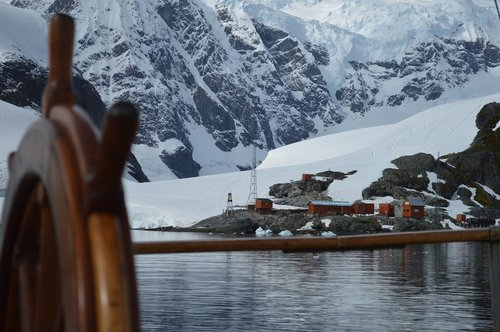 rudder  antarctica  base