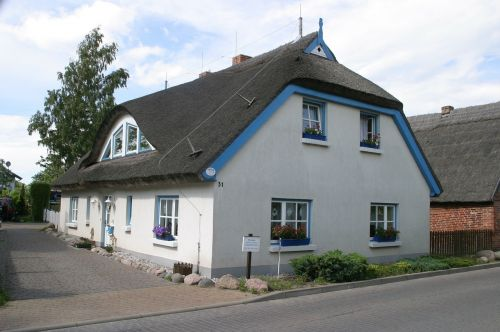 rügen island home thatched