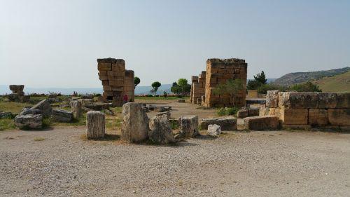 pamukkale ruin hierapolis