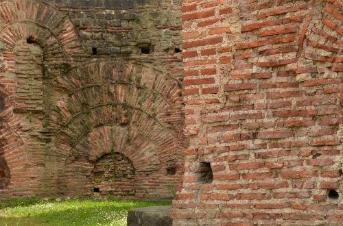 ruin kaiser thermal roman