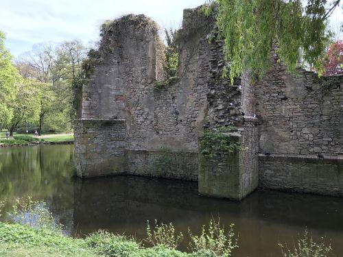 ruin monastery monastery ruins