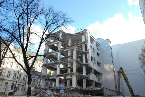 ruin building urban exploration