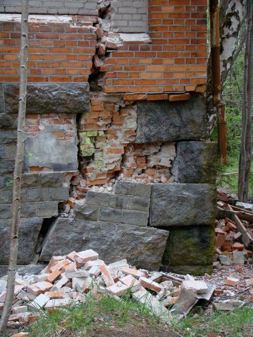 ruin building bricks