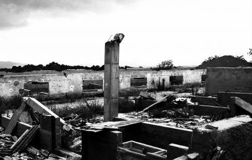 ruins landscape destruction