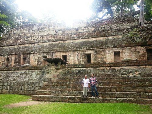 ruins maya pyramid