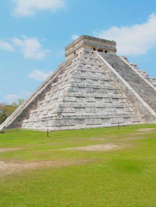 ruins chichen itza mexico