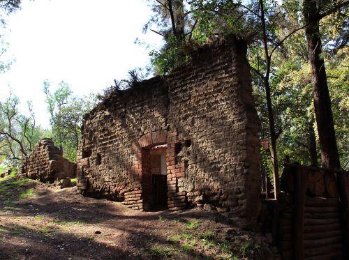 ruins wall chautla