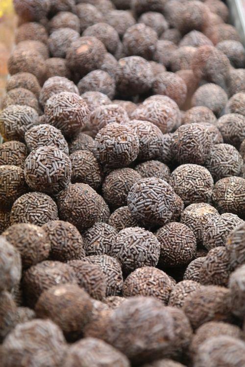 rum balls punch ball truffle