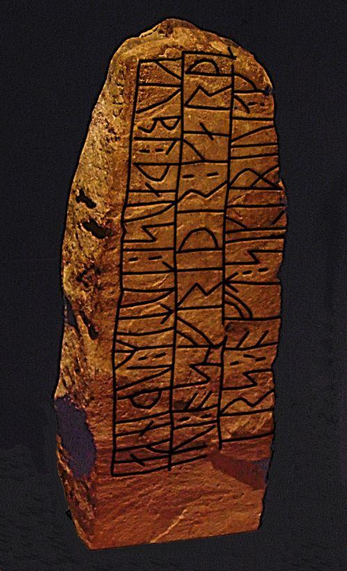 rune stone runes haithabu