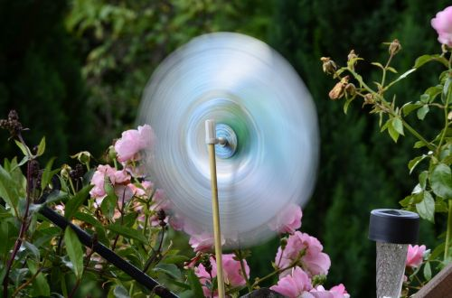 runner windmill garden