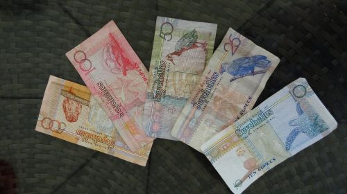 rupees currency seychelles
