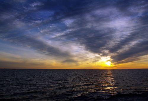lake onega karelia midnight sun