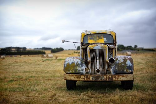 rusted truck old