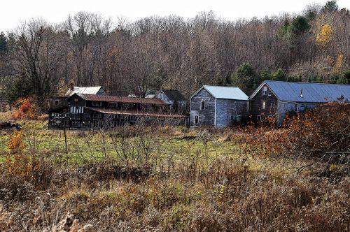 Rustic Farm Houses