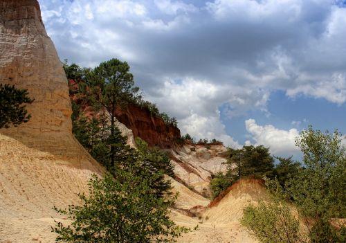 rustrel canyon provencal colorado