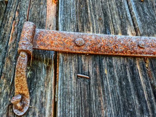 rusty,butt hinge,hinge,articulation,wood,door,metal,ancient,hdr,entrance,vintage,wooden,barn,grunge,antiques