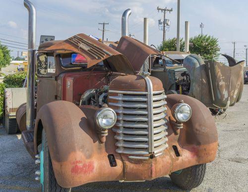 rusty classic car car
