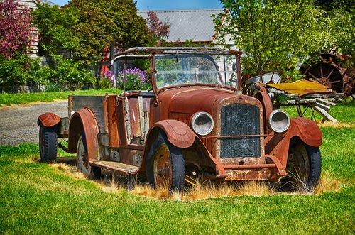 rusty car  car  old
