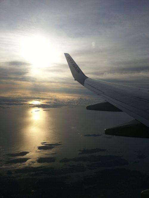 ryanair flight aircraft